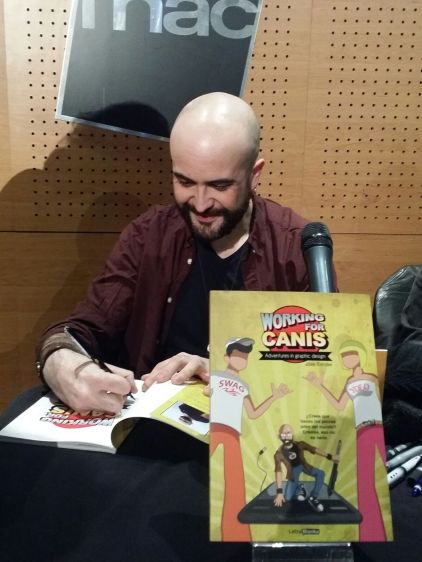 Signing session in Fnac