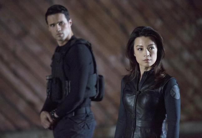 ship, series, romance, may, melinda, ming-na-wen, ward, agents of shield, agentes de shield,